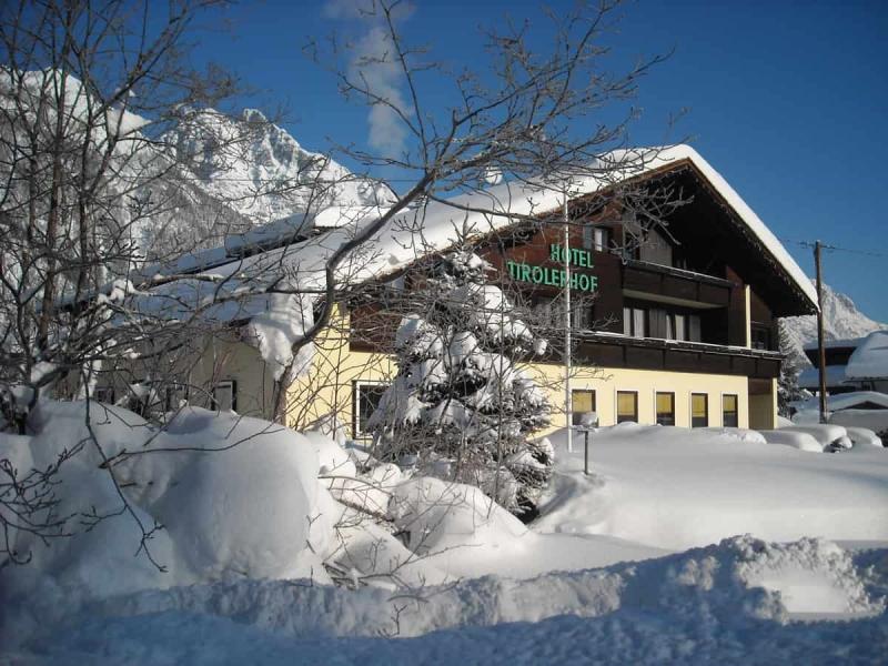 hotel-winter